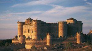 El castillo de Belmonte, una fortaleza del siglo XV perfecta para el combate medieval