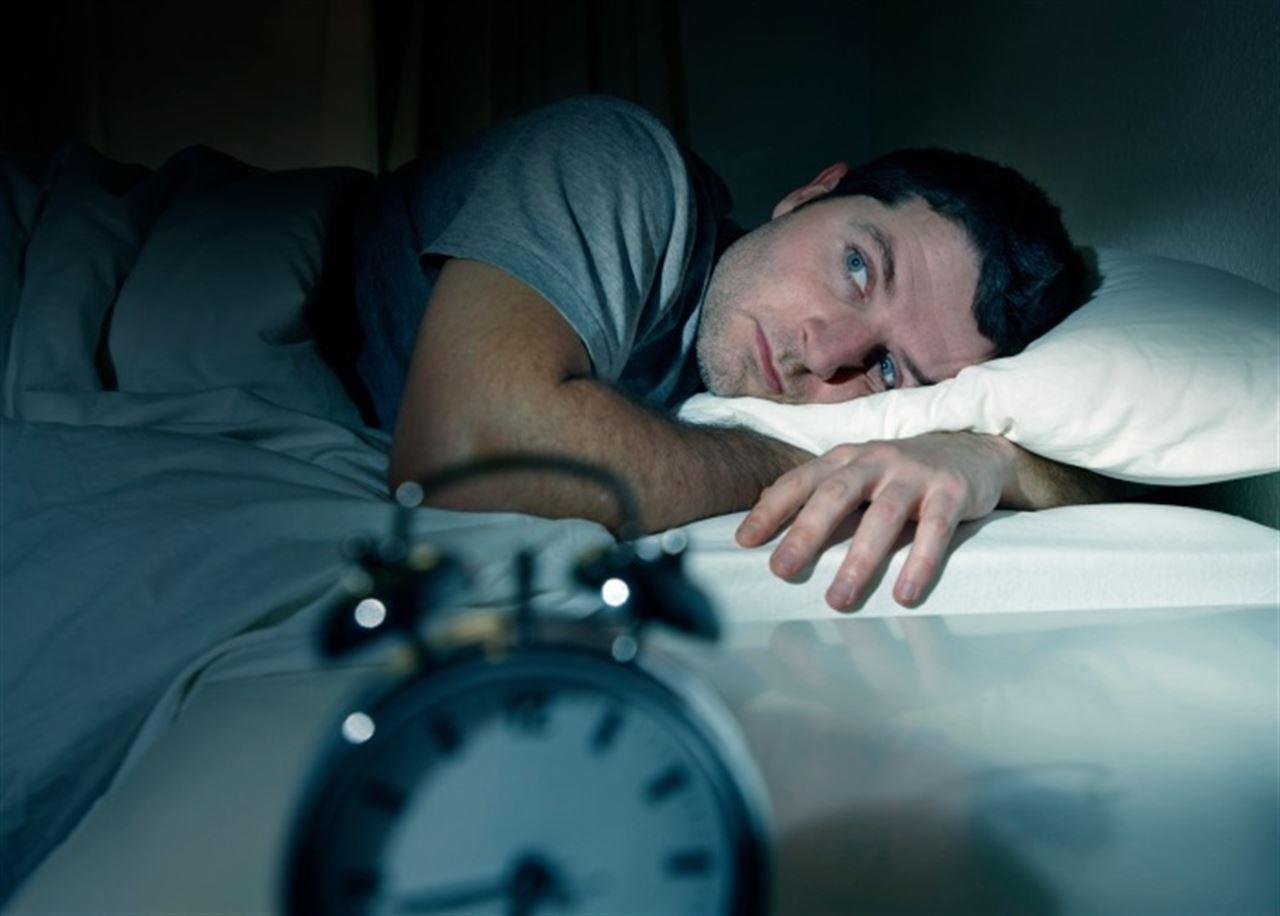 Adelgazar mejora la propiedad del sueño