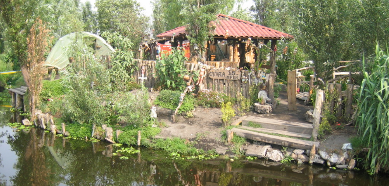 isla muñecas