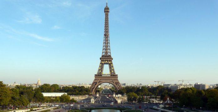 Torre Eiffel sigue siendo el corazón de París