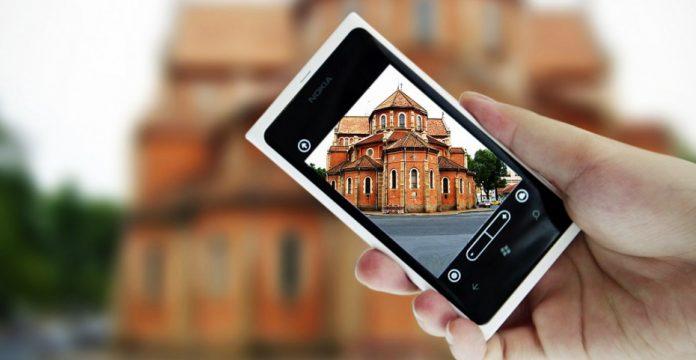 Nokia Lumia 800, uno de esos teléfonos que Nokia ya no volverá a fabricar
