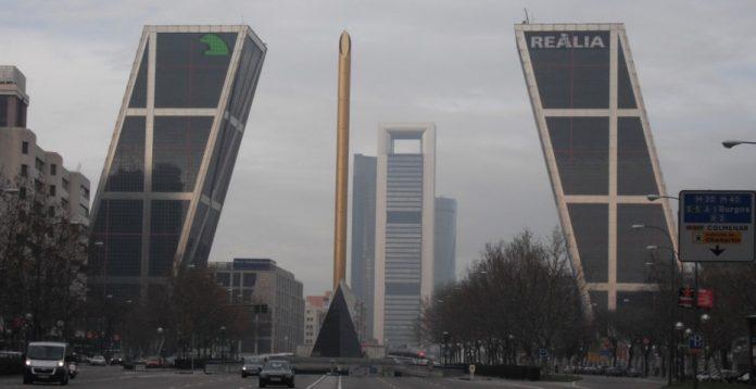 Sede de Caja Madrid (hoy sede de Bankia) en Plaza de Castilla.