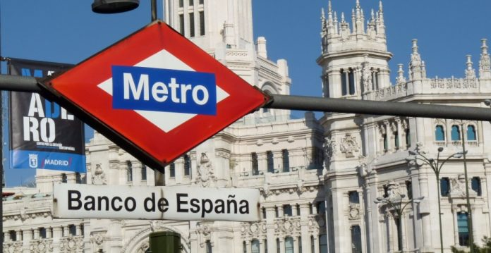 El Banco de España ha especificado que solo se puede cobrar una vez por cada servicio.