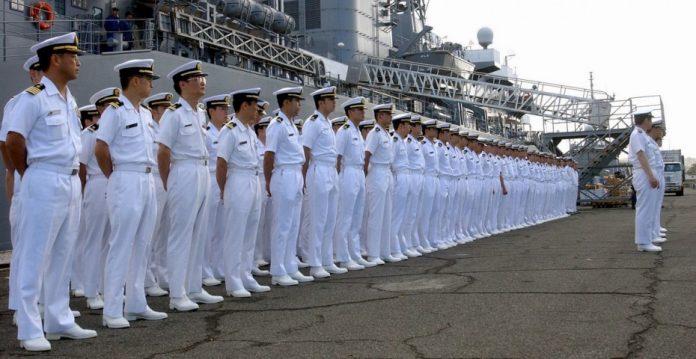 Marines de la Fuerza Marítima de Autodefensa, una de las fuerzas militares permitidas por el Artículo 9