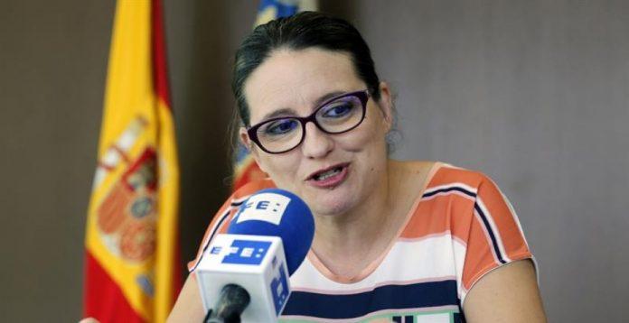 Mónica Oltra está cerca de cerrar un acuerdo con Pablo Iglesias de cara a las generales.