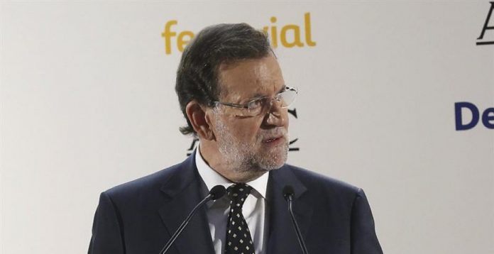 El presidente del Gobierno, Mariano Rajoy, durante la comparecencia en la que ha abordado la crisis de Volkswagen.