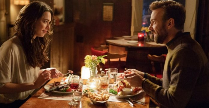 Rebecca Hall y Jason Sudeikis en 'Tumbledown'.