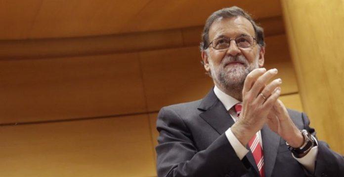 Rajoy se ha reunido hoy con sus senadores.