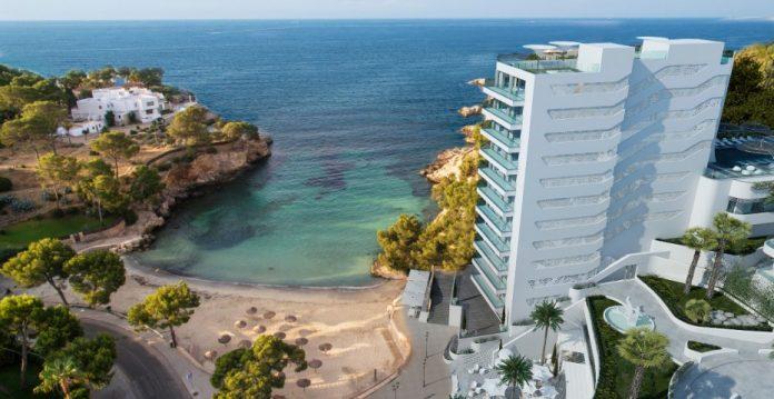 Iberostar abre en Mallorca su cuatro hotel en España de su marca más lujosa