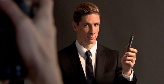 Fernando Torres ficha por Lg