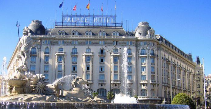 Hotel Palace de Madrid, uno de los hoteles gestionados por el grupo Starwood.