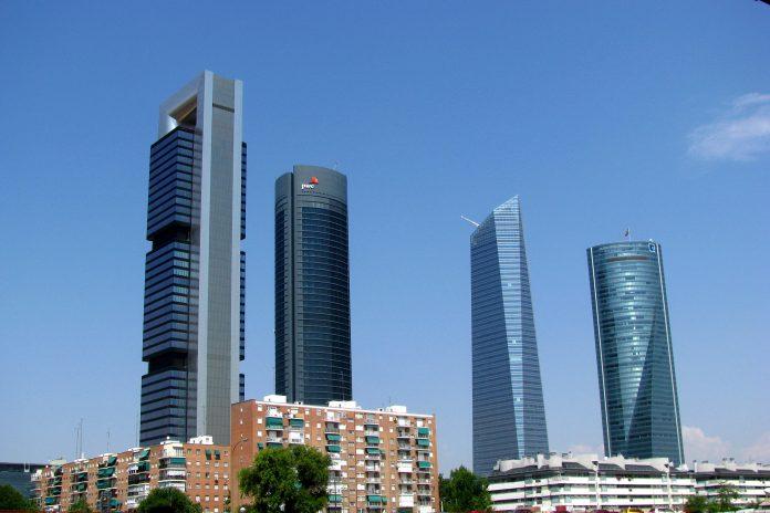 oficinas cuatro torres